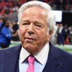 El propietario de los Patriots, Robert Kraft, acusado de solicitar sexo