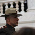 El coronel James M. Manni juró como superintendente de la policía estatal de Rhode Island