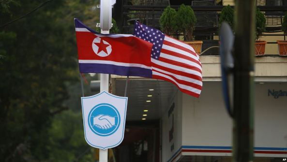 Experts: 'Experience Matters' in Negotiating With North Korea