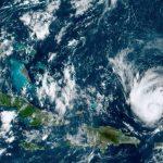 Florida se prepara para la llegada del potente huracán Dorian