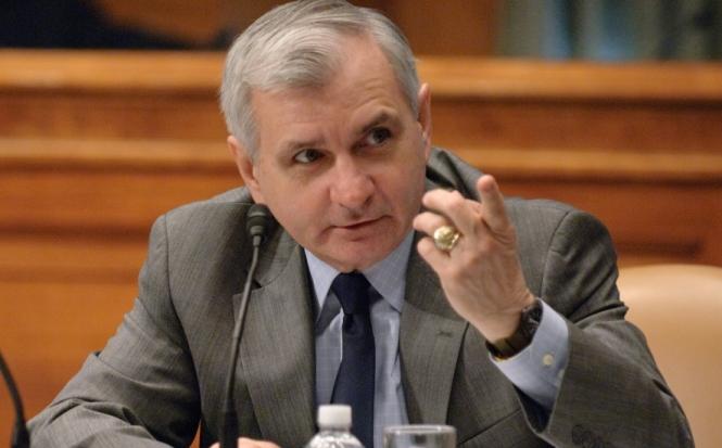 Reed Helps Reach Bipartisan $2 Trillion Emergency Coronavirus Economic Rescue Agreement