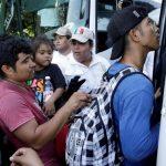 La Corte Suprema de EE.UU. mantiene el programa 'Permanecer en México'