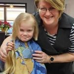 Iowa Hairstylist Weathers Lockdown with Empty Days & Shrinking Bank Account