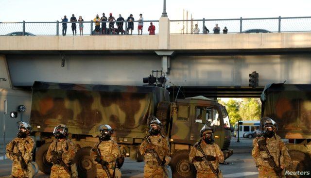 El gobernador de Minnesota moviliza a toda la Guardia Nacional para frenar a los agitadores