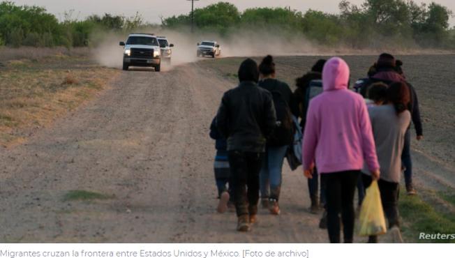 La Casa Blanca no descarta suspender la expulsión de migrantes
