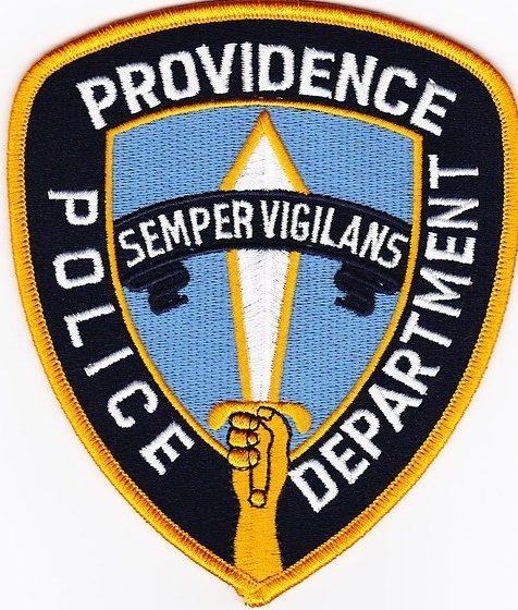 La persecución vehicular del Departamento de Policía de Providence resulta en la detención de tres menores